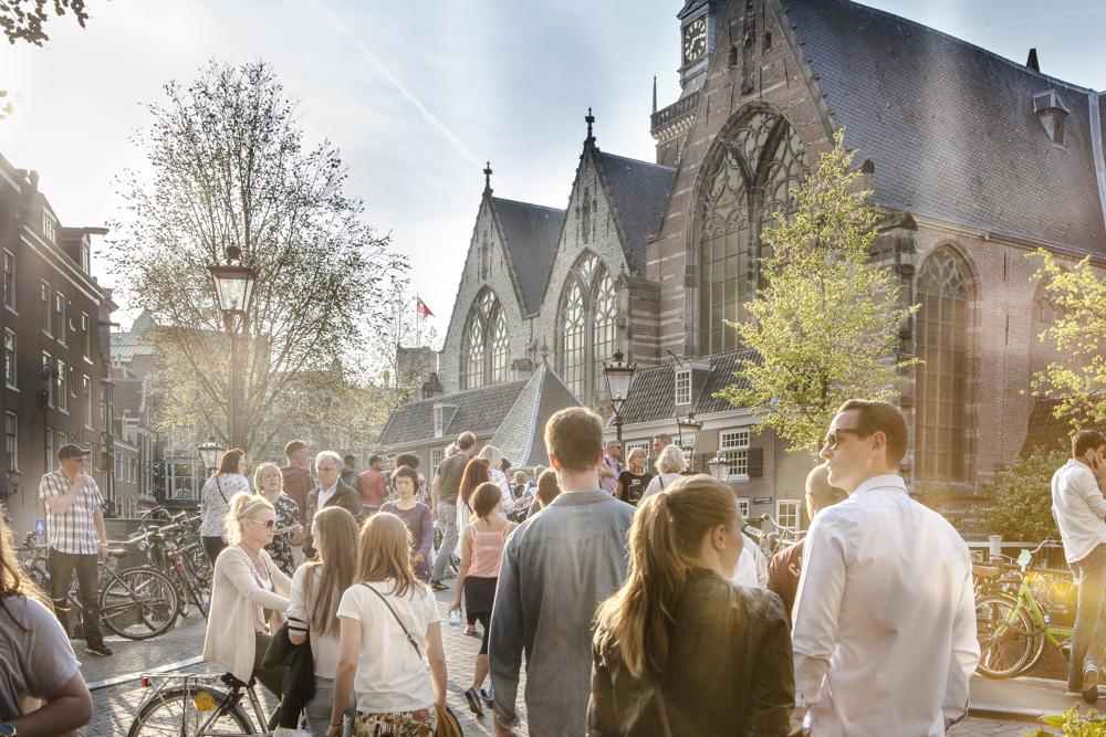 oude kerk, alte Kirche, Rotlichtviertel, Amsterdam, reisefotograf, Travel photographer